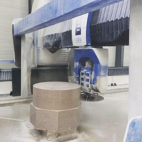 machine à commande numérique pour la pierre